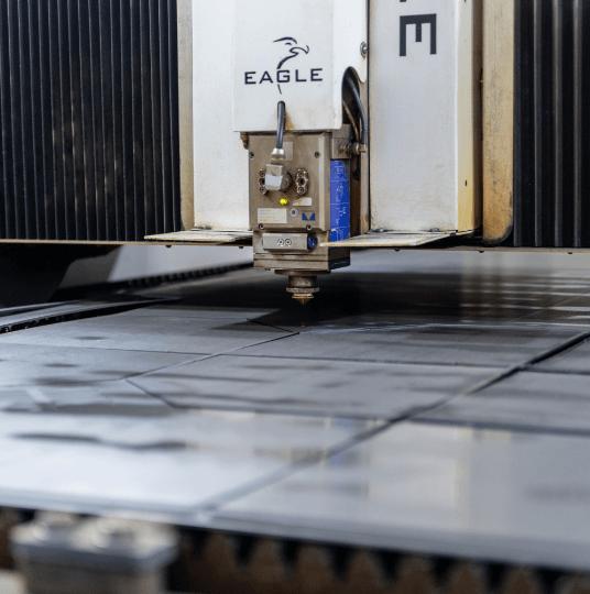 Cięcie laserem stali Piła